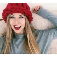 Модна шапка з вовни мериноса велика в'язка червона
