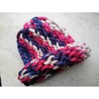 Модна шапка з вовни мериноса велика в'язка трьохколірна синій, рожевий, беж