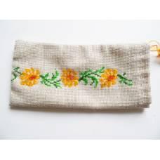 Патріотичний чохол для мобільного телефону з вишивкою, квіти
