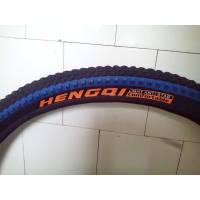 Велопокришка Hengqi чорно синя 26х2.125 аналог Small Block Eight