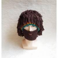 Шапка с дредами и бородой