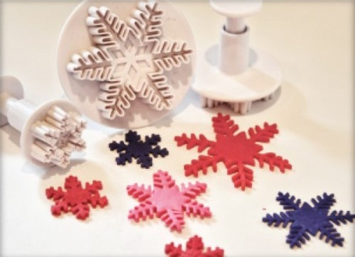 snowflake plunger cutter-600x442-500x500_0