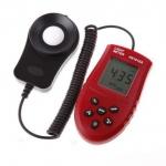 Цифровой люксметр измеритель освещенности фотометр