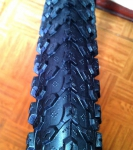 Покрышка велосипедная Wanda King Small Block Eight черная 26х1.95